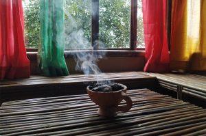 air-dwelling1-smoke-pot